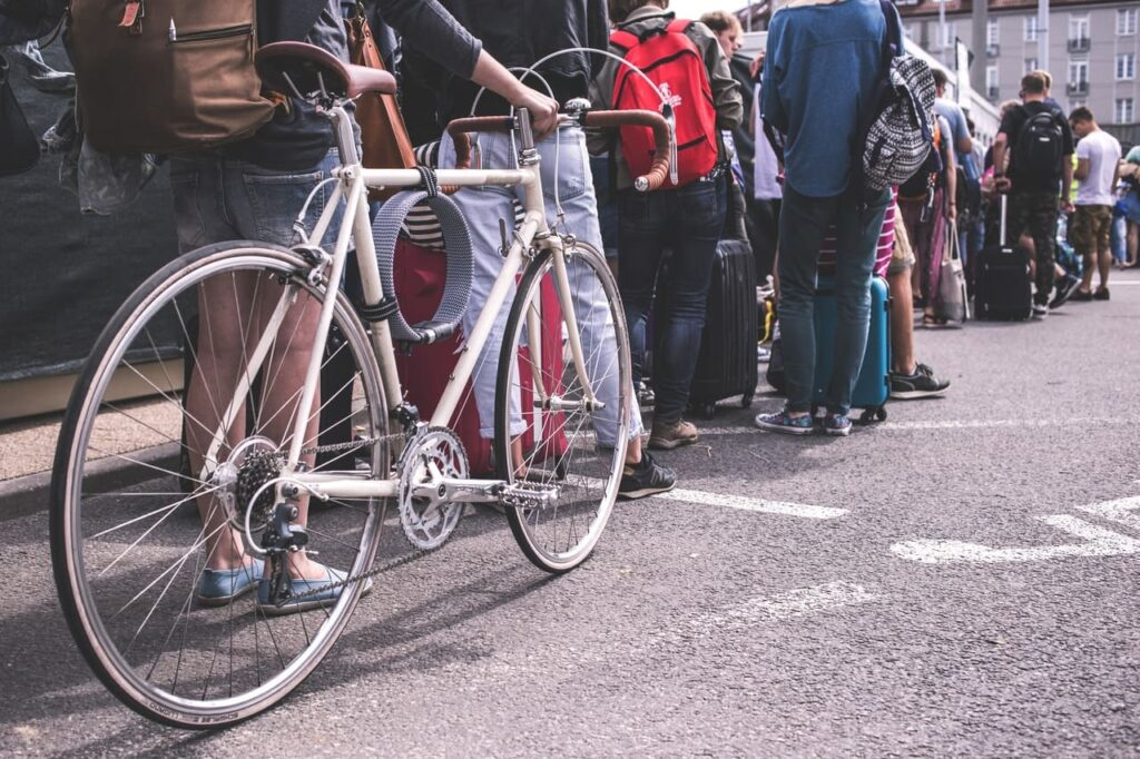 Bicicleta urbana blanca