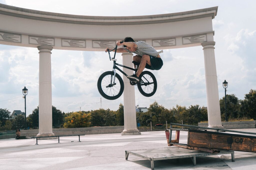 Bicicleta BMX negra