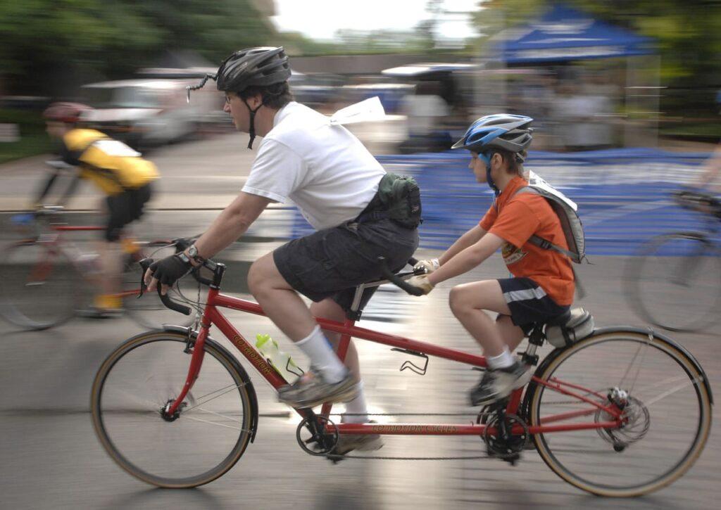 Bicicleta tandem para padres